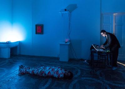 """Performance Hard Ton & Gaia Chloé Brigida, """"OPUS III"""" © Leonardo Morfini, OKNO studios"""
