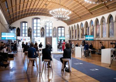 2020 fand die Verleihung des Deutschen Buchpreises aufgrund der Corona-Hygienebestimmungen als Live-Stream und ohne Publikum im Frankfurter Römer statt. © vntr.media