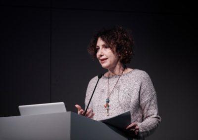 """Über """"Hypersocial Planetarization"""" sprach die italienische Theoretikerin, Aktivistin und Dozentin Tiziana Terranova © Nicolas Wefers"""