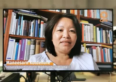 Die Generalkoordinatorin des Mädchenbüro Milena und KIWI-Jurorin, Maneesorn Koldehofe, richtete ihre Glückwünsche an die Adolph-Kolping-Schule (Köln).  © Deutsche Bank Stiftung